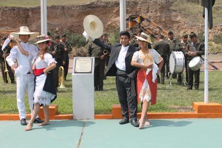 Alumnos de los talleres de Marinera y Danzas Folclóricas participaron con diferentes bailes en dos festividades del último fin de semana