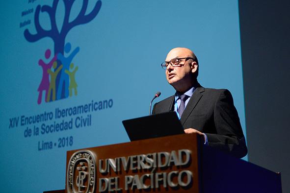 Armando Casis - Presidente del XIV Encuentro Iberoamericano de la Sociedad Civil Lima 2018