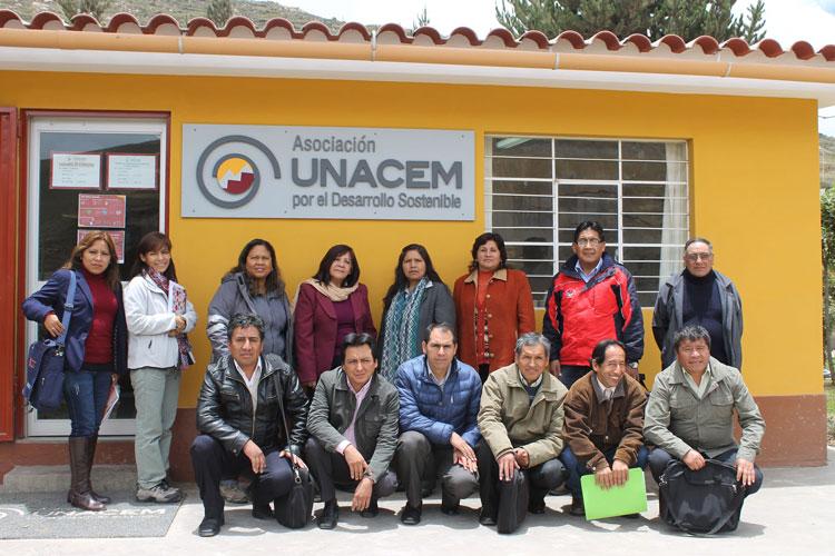 Asociación UNACEM firma convenio con las Instituciones Educativas (I.E.) para los proyectos de Leer para Crecer e Inclusión Digital