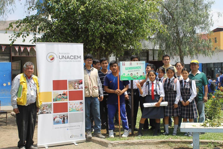 Se realizó Campaña de Arborización en la I.E. Isaías Ardiles en Pachacámac