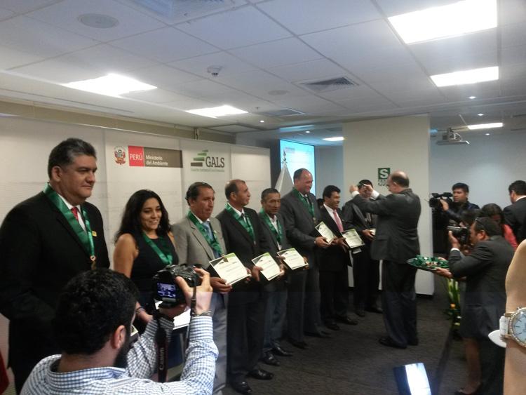 Distritos de Lima Sur reciben reconocimiento a la Gestión Ambiental Local Sostenible 2016