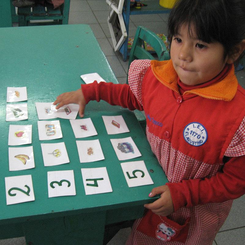 Programa Ayuda para la vida Método Montessori - Asociación UNACEM